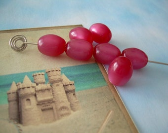 10 Vintage Moonglow Lucite Beads Cranberry Oval Jelly Beans Raspberry