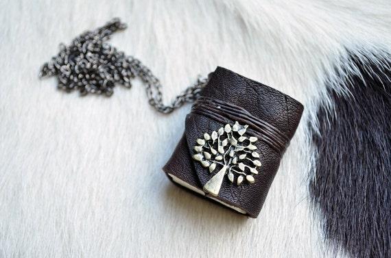 MiniBook Tree & Black Color leather