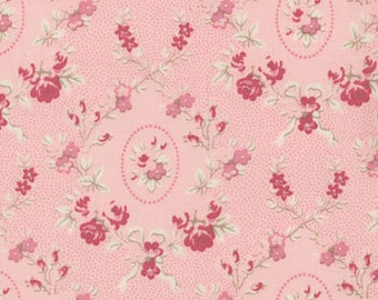 Cabbages and Roses for Moda, Athill Range, Cameo Roses in Pink 35214.15 - 1 Yard