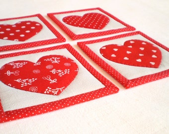 Fabric Coaster or Candle Mat Set - Everybody Loves Somebody - 4 Reversible Patchwork Applique Mini Quilts - Red Hearts on Vintage Linen