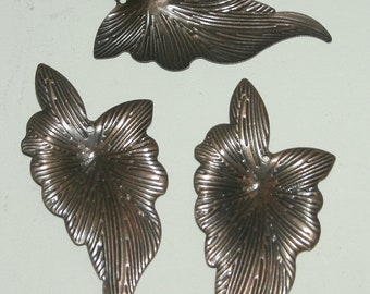 Leaf Pendant, Antiqued Copper Iron Leaf Charms, 28mm x 60mm, 300 plus Pieces