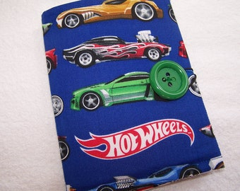 Coloring Wallet - Hot Wheels, Crayons and Paper Included