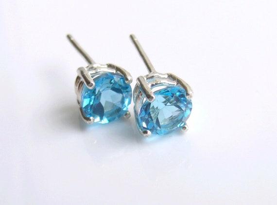 Swiss Blue Topaz Stud Sterling Silver Earrings 6mm