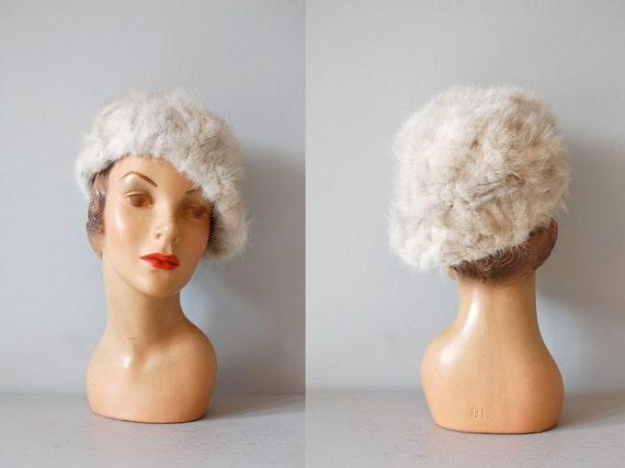 fur beret / 1960s fur hat / Lara Tilt Beret