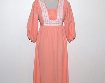 SALE........Vintage Dress Maxi Peach Prairie / Country / Hippie