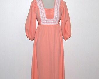 SALE........Vintage Dress Maxi Peach Prairie