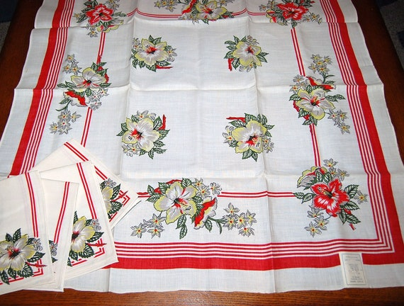 Vintage Tablecloth with Napkins 50s Red