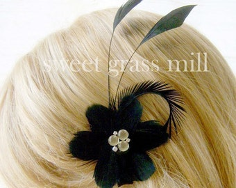 Feather Fascinator - NOTTE FLORIA - Black Feather Flower Clip