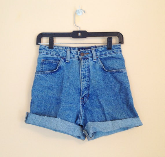 Vintage High Waisted Denim Shorts. Cuffed Shorts. Size 5/6. Size Small. Summer. Daisy Dukes. Cut Off Shorts. Cotton Jeans. 1990s. Gap.