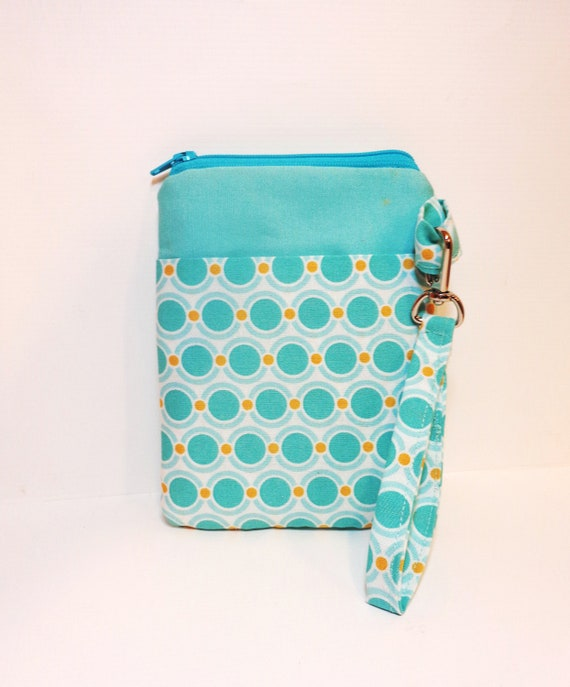 Fabric Gadget Pouch, Cell Phone Case, Zipper Pouch I Touch, I Phone, Camera Case - Dot Chain in Aqua