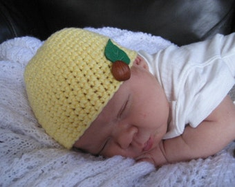 Yellow Crocheted Hat for a New Born 104/09