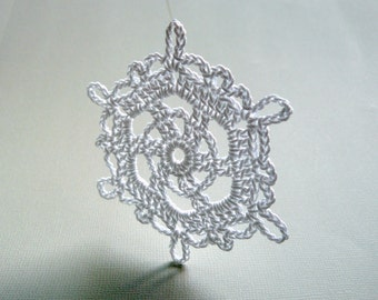6 Crochet Snowflake Ornaments -- Large Snowflake T24, in White