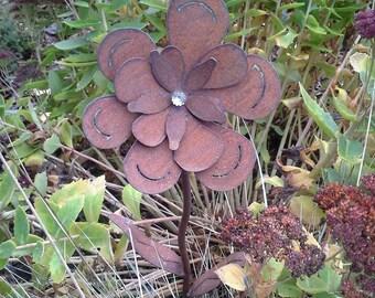 Rusted Sponge Flower for your garden - Metal -  Garden Art Decor - Yard Art