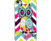 On Sale! Owl Zig Zag Chevron White or Black iPhone Case - IPhone 4, 4S, 5, 5S, 5C,6  Hard Cover - Fun Art iPhone Case Cover - artstudio54