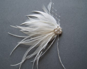 Ivory and White Feather Hair Piece Wedding Fascinator Hair Clip bridal hairpiece comb