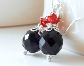 Red and Black Wedding Jewelry, Faceted Black Pendant Necklace, Bridesmaid Necklaces, Red Rose Jewelry