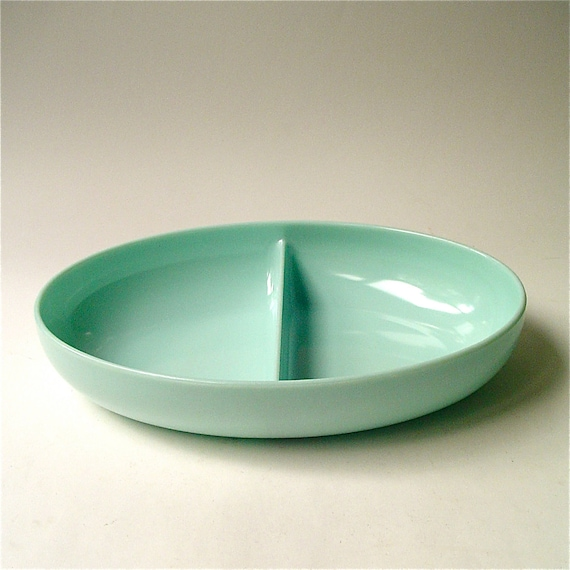 vintage Melmac Pale Minty Green  Watertown Lifetime Ware Divided Bowl