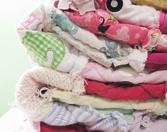 Buy in Bulk Memory Quilt Throws, Rag, Made with your own clothing, Tshirt Quilts, Gifts for Graduation, Christmas, Birthdays