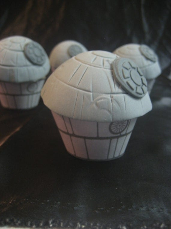 Death Star Cupcake Toppers, Death Star Party Decor, Star Wars Birthday Party Decor, Star Wars Cupcake Toppers, Star Wars Party Decor