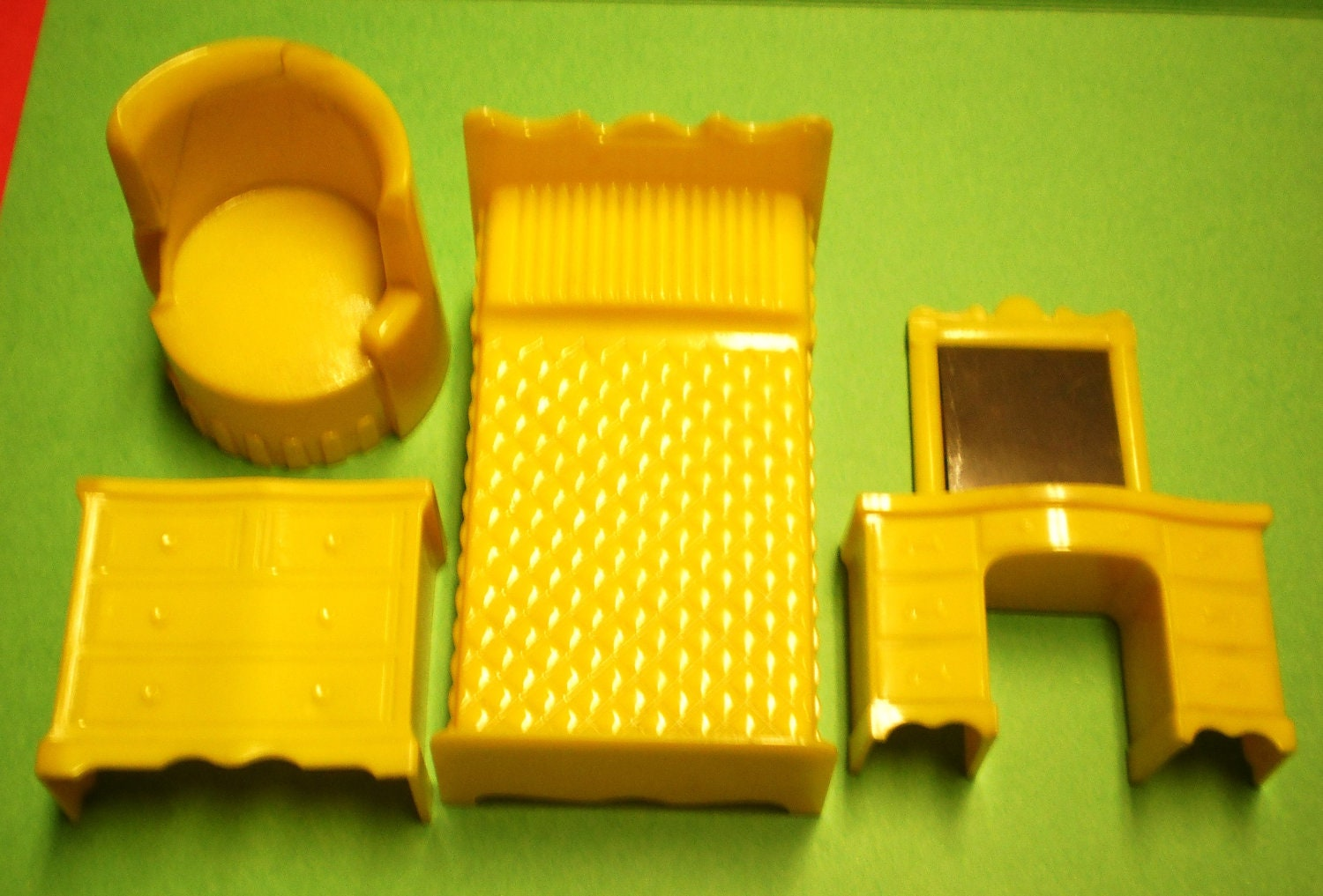 Dollhouse Furniture Plastic Superior Renwal By Vintagecarolina