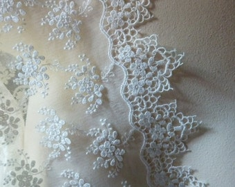 SALE Ivory Appliqued Lace for Bridal Gowns, Clutches, Headpieces, Home Decor