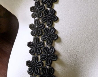Black Lace for Appliques Venise Style for Garments, Costumes, Jewelry L 27