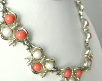 Rare vintage Marboux - Boucher - collar necklace with faux pearl, coral cabs