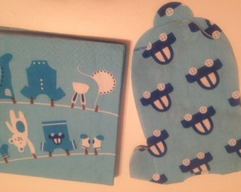 Shaped Baby shower napkins. Shirt shaped or bib shapes with cars or flowers. You choose quantity.