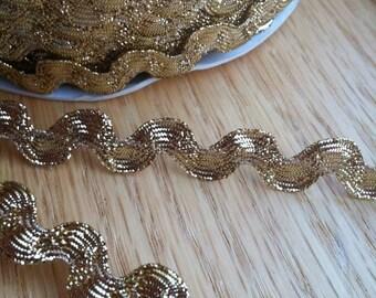 Metallic GOLD Sparkle Ric Rac trim - 1/2 half inch wide (13 mm) - 3 yards