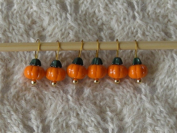 pumpkin knitting stitch markers  - snag free  - set of 6 - three loop sizes available