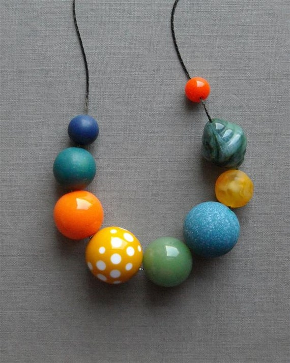 SALE - playlot necklace - vintage lucite and gunmetal chain