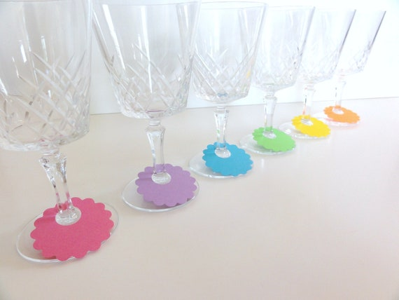 Summer Colors Scalloped Paper Disc Wine Glass Tags (set of 30) Disposable Name Tags for Drinks