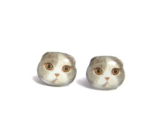 Tricolor Fold Ear Cat Kitten Stud Earrings / Cat Earrings / Cat Jewelry / Kitten / Animal earrings / Cat Lover / Thanks giving / A025ER-C11