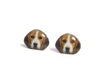 Brown and White Beagle Dog Stud Earrings / Beagle Earrings / dog earrings / Beagle Jewelry / memorial / Tiny Jewelry / Pet Gift / A025ER-D02
