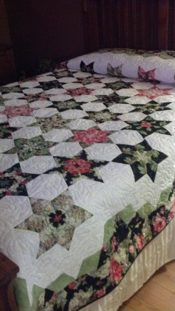 "full  size quilt.  Roses and stars.  92"" x 100""  Free shipping"
