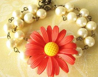 Bridesmaid Jewelry Flower Bracelet Daisy Jewelry Beaded Bracelet Red Jewelry Pearl Bracelet Gift For Her