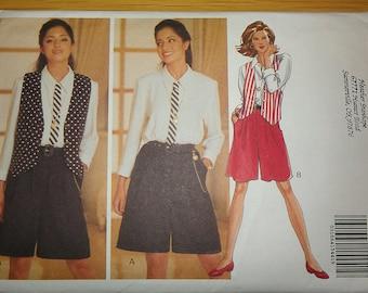 Two Piece Look Jumpsuit Blouse Walking Shorts Vest Butterick 6591 6 8 10 12