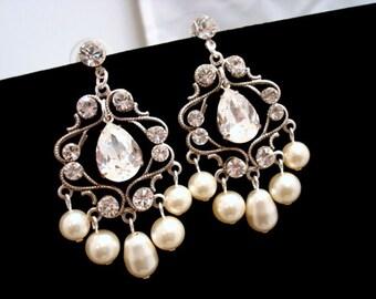 Chandelier Bridal earrings, Crystal wedding earrings, Pearl wedding jewelry, Pearl earrings, Vintage style earrings, Swarovski crystal