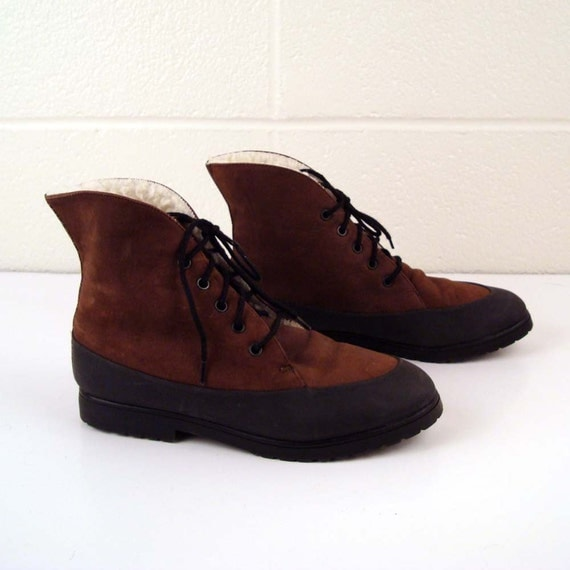 Winter Granny Boots Vintage 1980s Esprit Nubuck Leather Black and  Brown Granny Lace up Boots Winter Faux Fur Linedsize 6 1/2