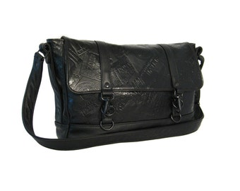 Large Messenger Bag - The Traveler in Black Steamer Trunk Leather - TAYLOR