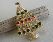 Vintage Rhinestone Christmas Tree Brooch Pin