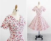 vintage 1950s dress / 50s dress / Pink and Red Roses Print Party Dress / vintage bridesmaid dresses