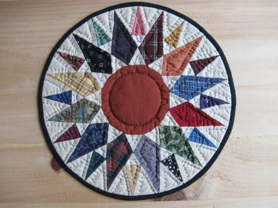 Quilted Table Mat Quilted Table Topper Candle Mat Trivet Primitive Decor Rustic Country Decor Farmhouse Kitchen Housewares Mariners Compass