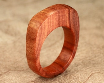 Size 9 - Osage Orange Wood Ring No. 34 (07-15-2012)