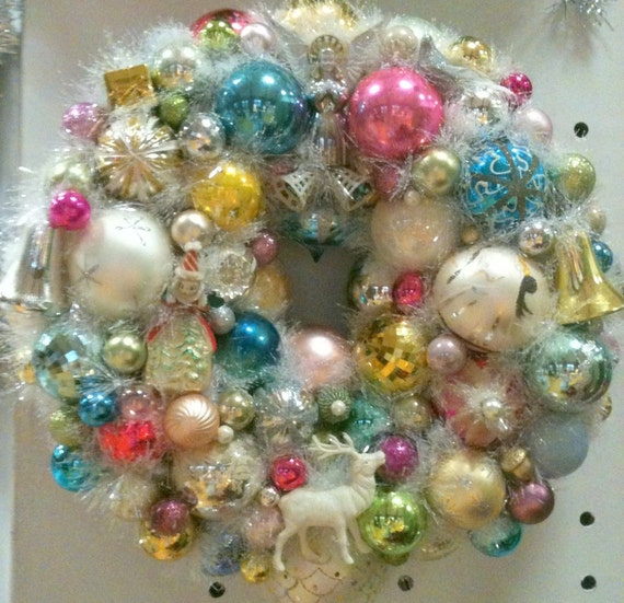 Cottage Chic Feather Like Vintage Ornament Wreath, Christmas Bulbs, Figurines
