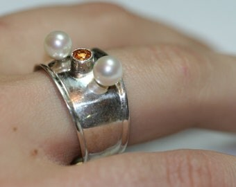 Sterling Golden Topaz and Pearl Ring