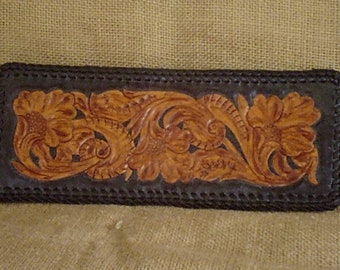 HANDMADE LEATHER Cavalier Wallet in Black and Antique Brown