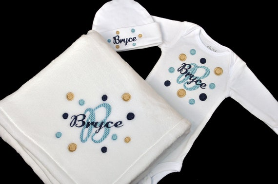 Newborn Take Home Outfit - Polka Dot Outfit - Baby Shower Gift - Personalized - Bodysuit - Blanket - Beanie Hat - Coming Home - Girl - Boy