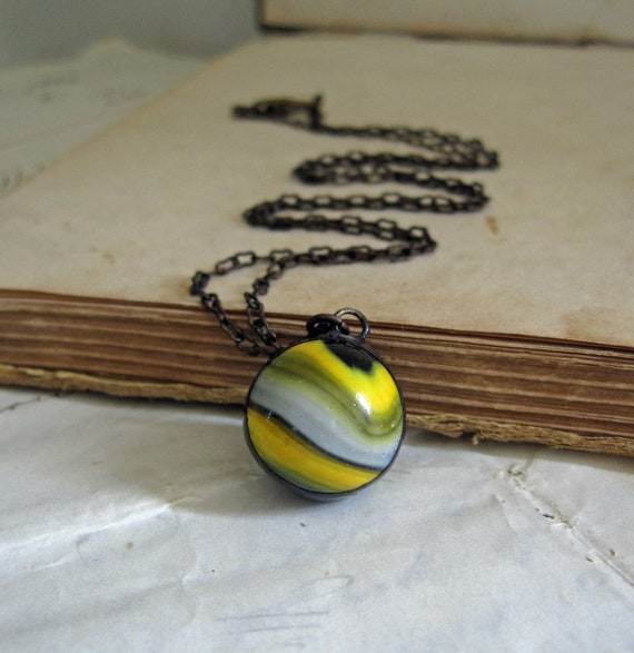 Banded Yellow Black and White Vintage Marble Necklace