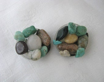 Round vintage clip back earrings with faux turquoise, brown & white stone chips